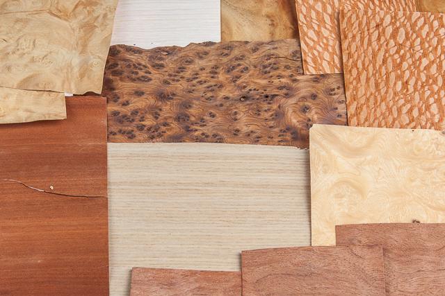 Карты из шпона ценных пород дерева